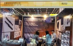 某美国客户到我司展位上参观(上海MIM展)