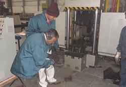 昨天瑞士KABA集团的负责人来到ZCMIM看厂